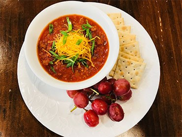 Chili with Crackers
